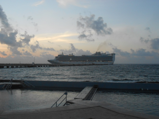 Dawn at Costa Maya 018