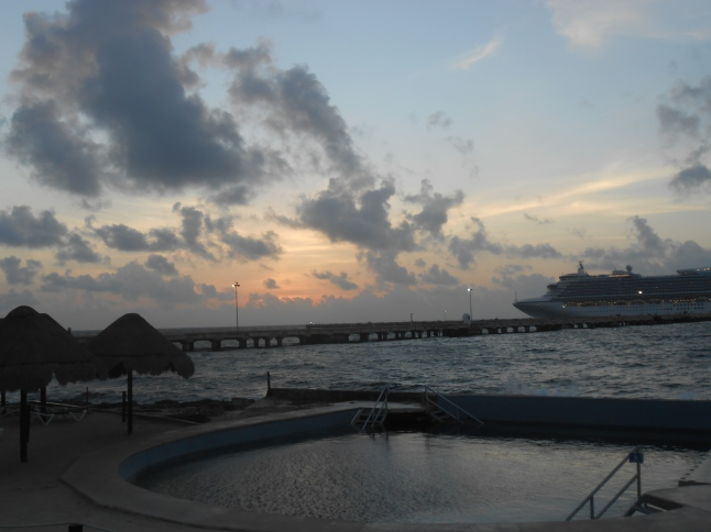 Dawn at Costa Maya 019