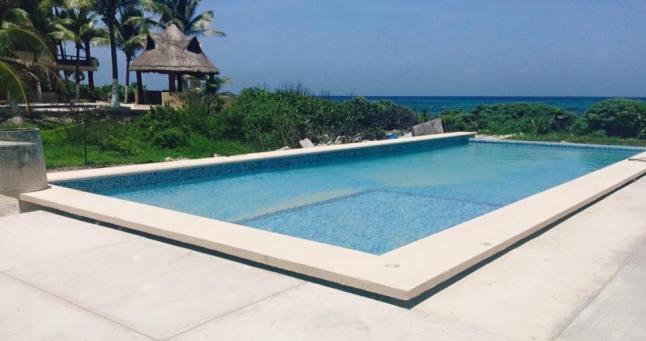 Caban Infinity pool.