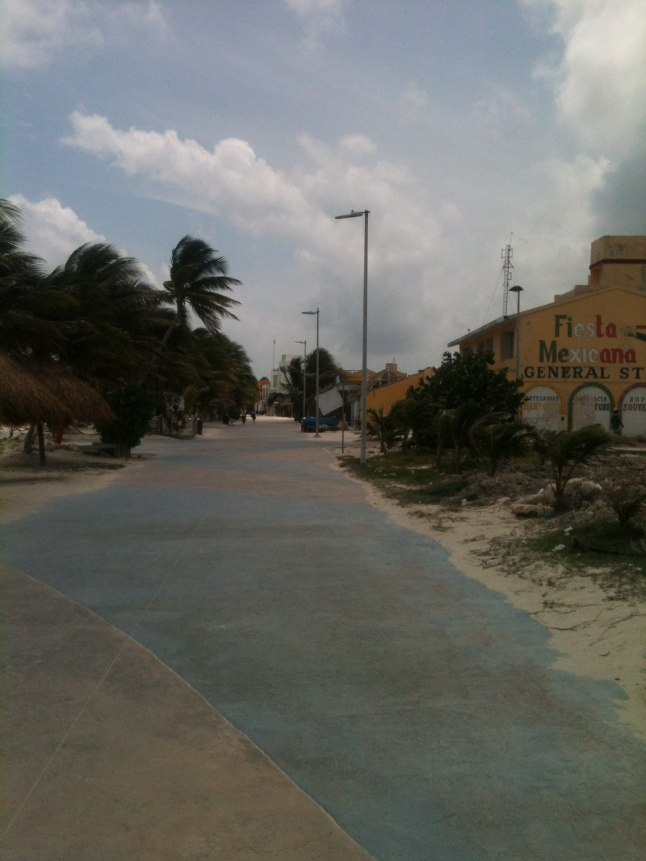 Streets of Mahahual on a Monday during low season, ghost town, everybody in Chetumal.