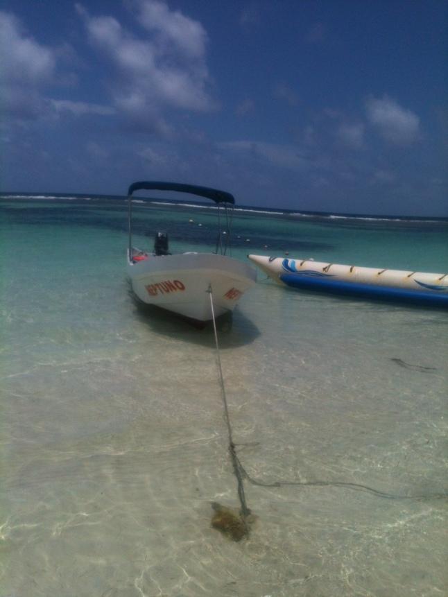 Neptuno boat and banana boat.