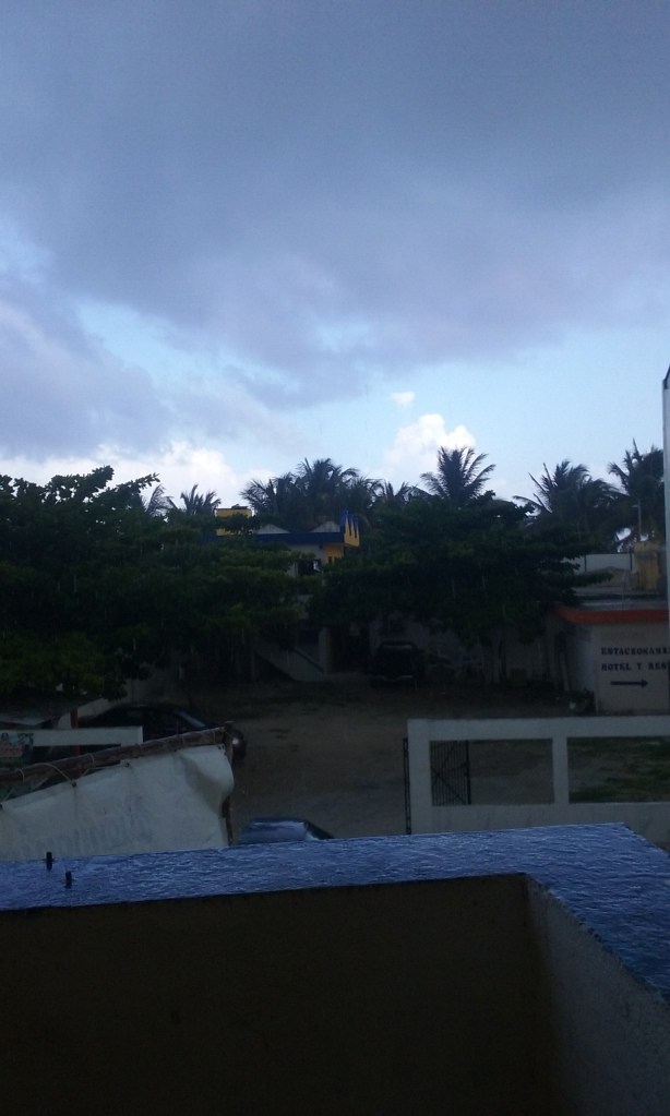 Tuesday afternoon I just sat on balcony in Mahahual and watched rain, nice change, cooled things down.